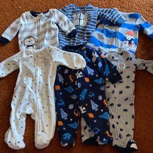 Set of 6️⃣ Newborn Fleece Sleepers